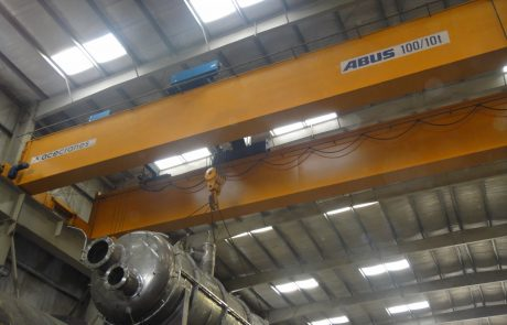 Cranes in Steel Fabrication9