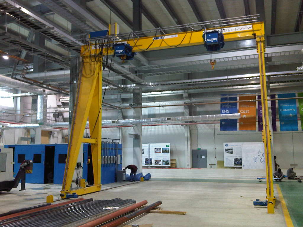 Cranes in Electrical Industries7