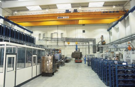Cranes in Machine Shops4