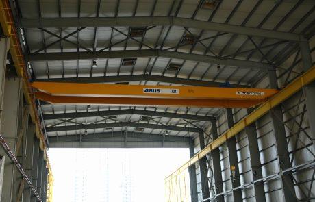 Cranes in Ship Building2