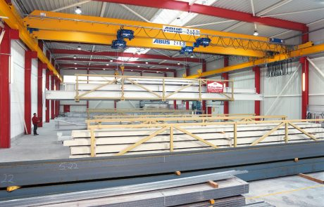 Cranes in Steel Fabrication1