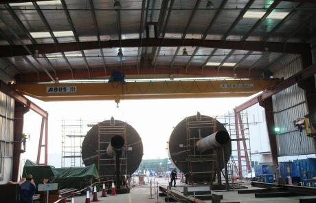 Cranes in Steel Fabrication12