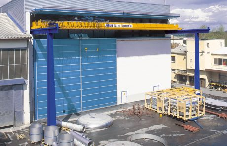 Cranes in Steel Fabrication24