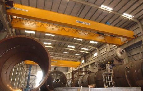 Cranes in Steel Fabrication3
