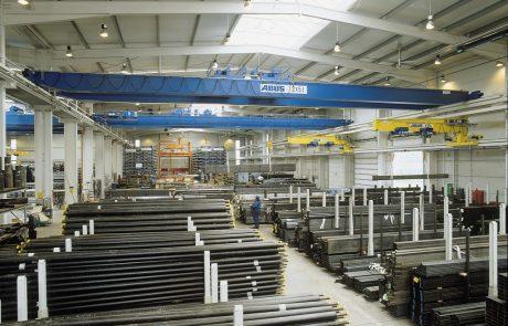Cranes in Steel Stock Yard12