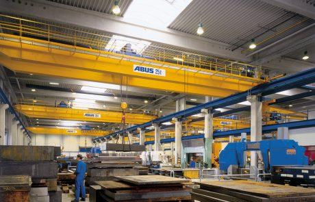 Cranes in Steel Stock Yard15