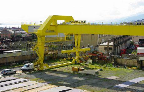 Cranes in Steel Stock Yard7