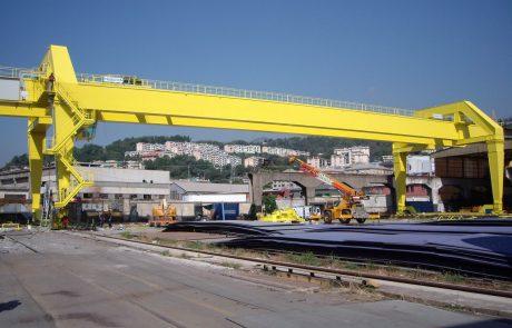 Cranes in Steel Stock Yard8