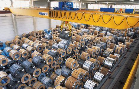 Cranes in Steel Stock Yard9