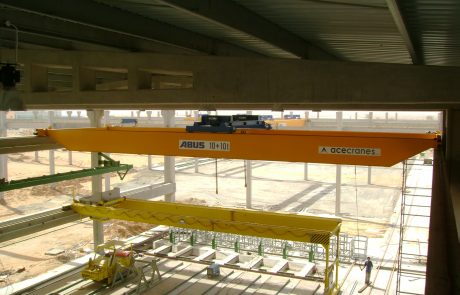 Cranes in pre cast concrete9