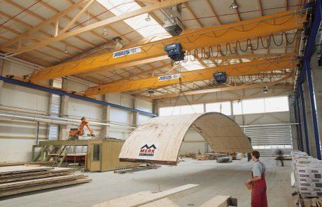 cranes-in-factories1