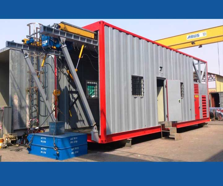 Crane in Modular mobile workshop