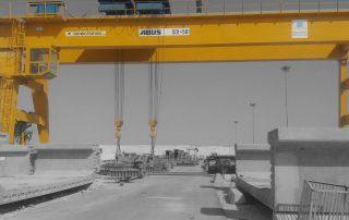 100t-Gantry-Crane-for-Bridge-Construction